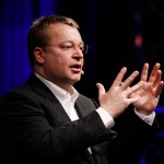Stephen-Elop-Barcelona-2011