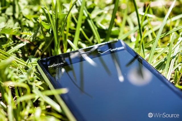 Nokia-Lumia-928-10